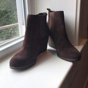 Lucky brand 10 wedge suede brown booties wedges